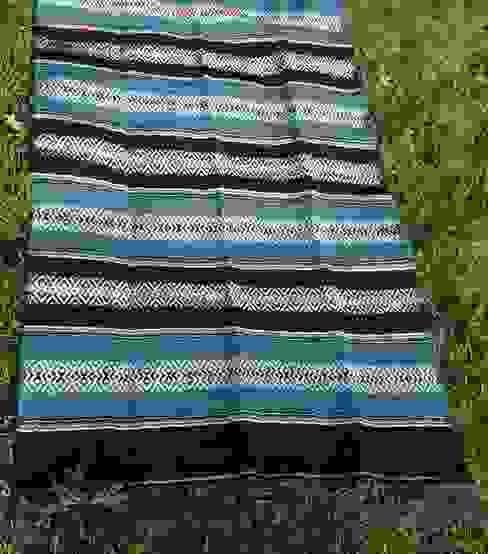 handgeweven wollen kleed uit Portugal. Moorse motieven van Burra Burra Eclectisch