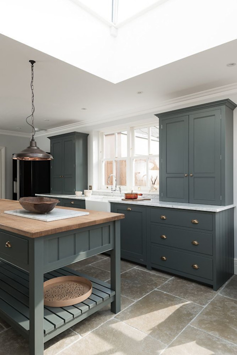Kitchen by Floors of Stone Ltd, Country