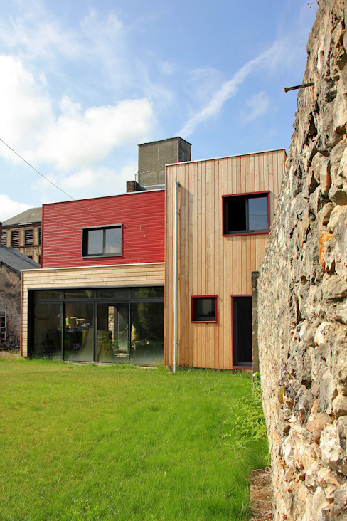 Vue de l'extension côté jardin Maisons minimalistes par ATELIER 970 sarl Minimaliste