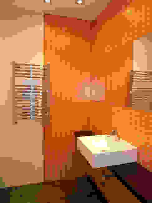 Moderne badkamers van ERRASTI Modern