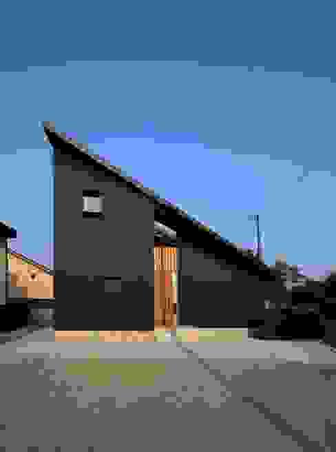 Modern home by 秀田建築設計事務所 Modern