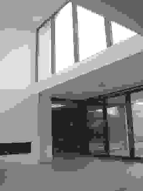 woonkamer Moderne woonkamers van Villa Delphia Modern