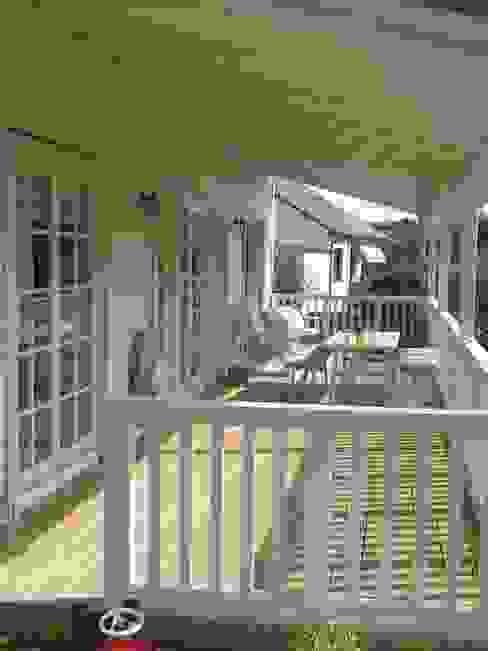 Scandinavische balkons, veranda's en terrassen van homify Scandinavisch