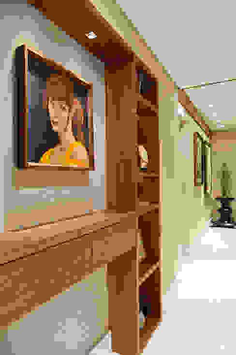 Коридор, прихожая и лестница в модерн стиле от Mariana M Simoes arquitetura conceitual Модерн