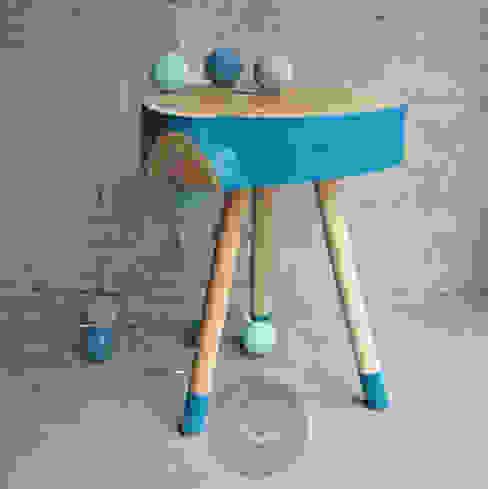 Stolik No.2 Pacman Turkus: styl , w kategorii  zaprojektowany przez Studio Minimal Meble,Minimalistyczny