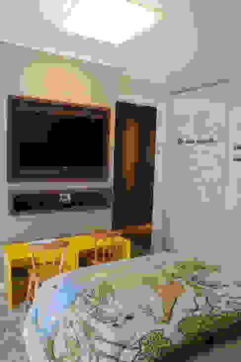 Dormitorios infantiles de estilo  por Tuti Arquitetura e Inovação
