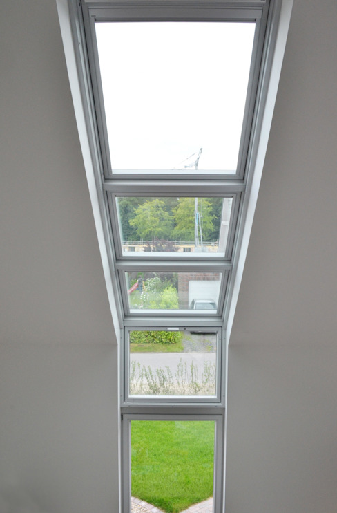 Einschnitt zum Süden Moderne Esszimmer von arieltecture Gesellschaft von Architekten mbH BDA Modern