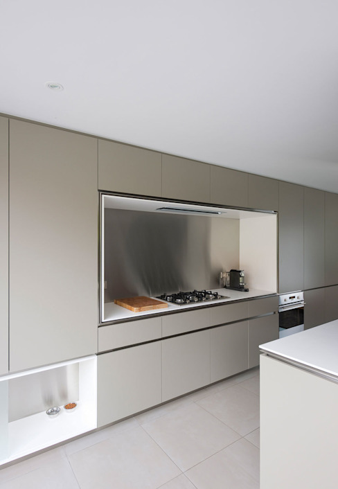 Modern kitchen by das - design en architectuur studio bvba Modern