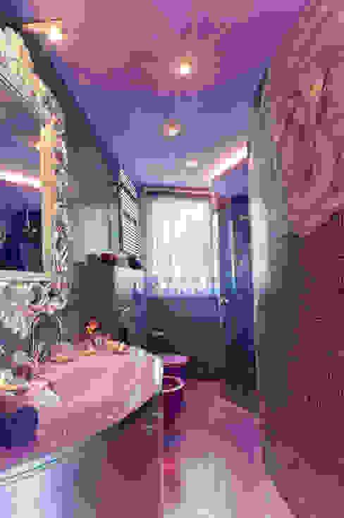 Eclectic style bathroom by STUDIO CERON & CERON Eclectic