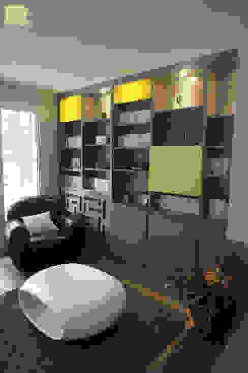 Moderne Wohnzimmer von Marion Bochirol Architecte d'Intérieur CFAI Modern