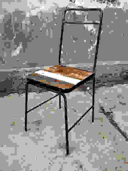 sedia leggiadra di Laboratorio Controprogetto snc Eclettico