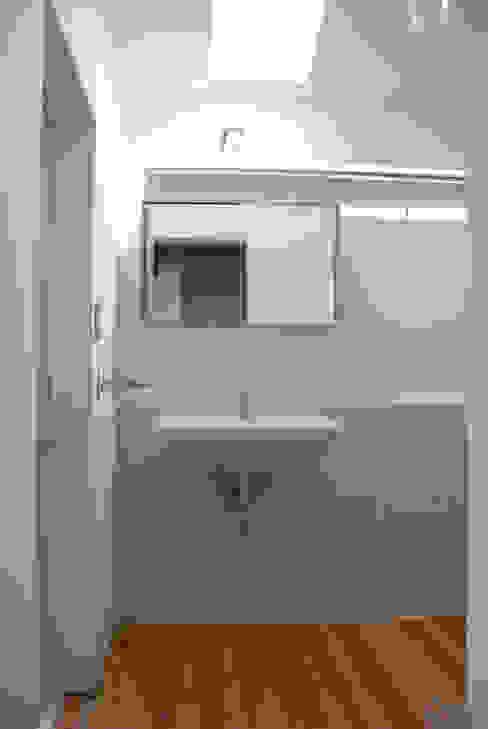 長崎工作室의  욕실, 모던