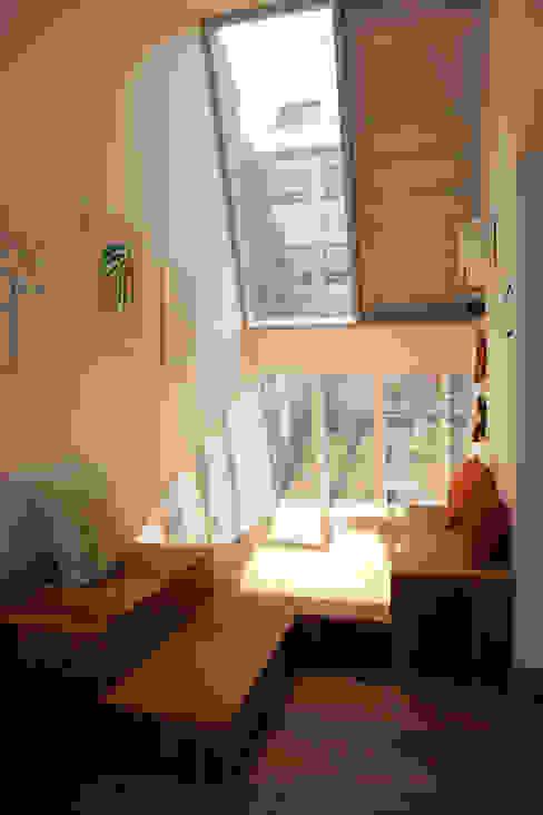 무중력지대 대방동 by thinkTREE Architects and Partners