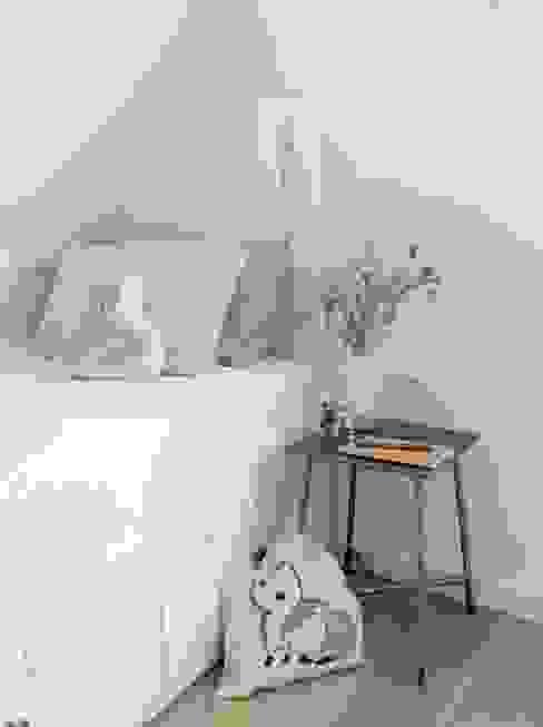 Interieur:  Slaapkamer door Njummel,