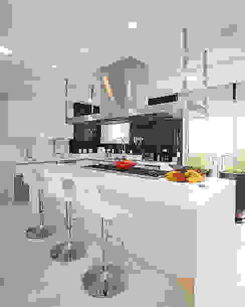 cozinha korman arquitetos Cozinhas modernas