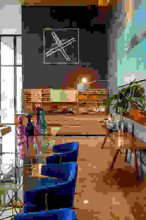 Salas de jantar modernas por Denise Barretto Arquitetura Moderno