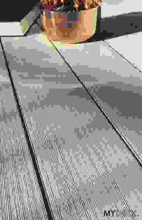 Terrasse, Deck und Poolumrandung von MYDECK GmbH Minimalistisch