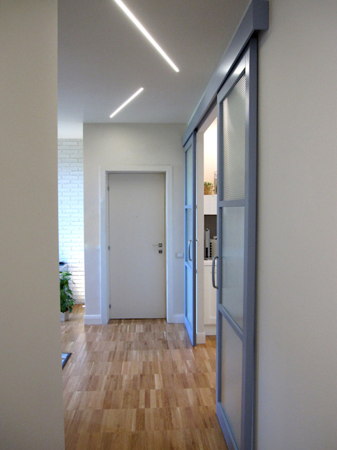 Laura Canonico Architetto Modern Corridor, Hallway and Staircase
