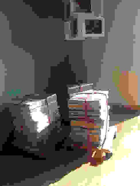 sgabelli-riviste di Laura Canonico Architetto Eclettico