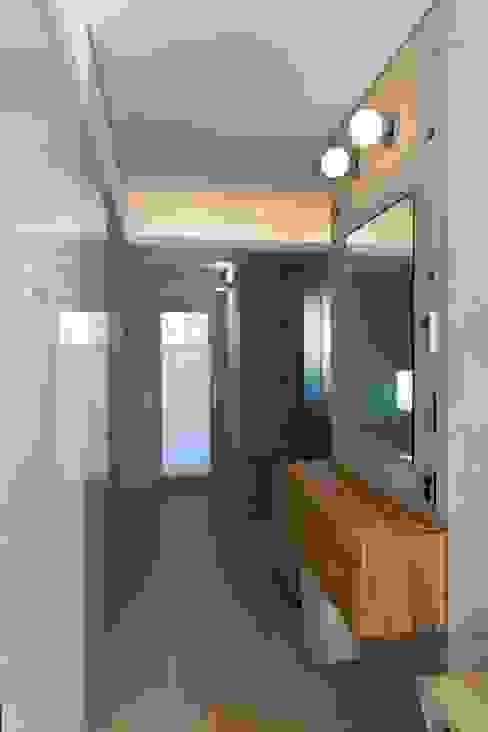 Moderne kleedkamers van homify Modern