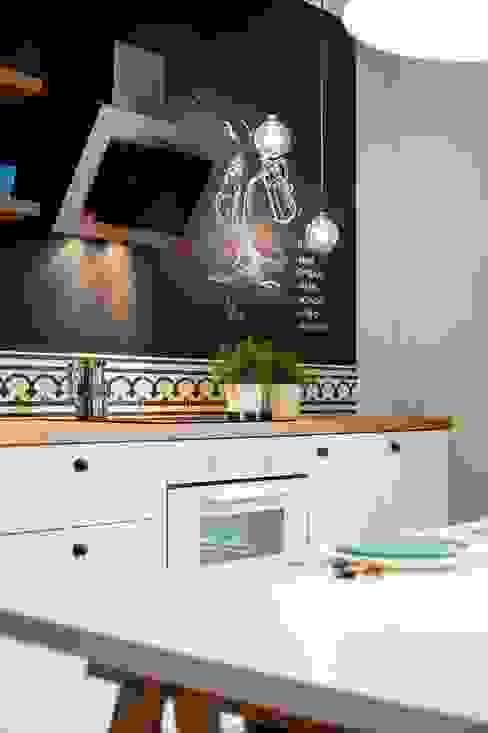 Кухня в скандинавском стиле от Raca Architekci Скандинавский