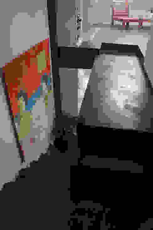 APPARTEMENT PARIS ARTS BETON DESIGN - Créateur de béton haute couture Couloir, entrée, escaliersEscaliers