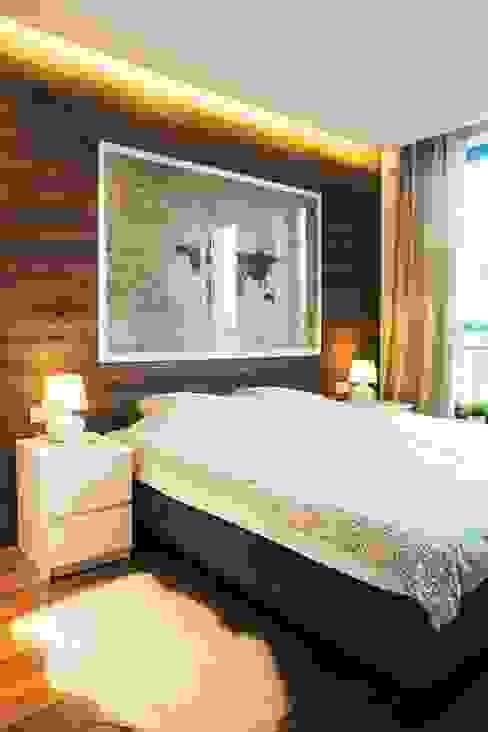 Dormitorios de estilo ecléctico de Raca Architekci Ecléctico