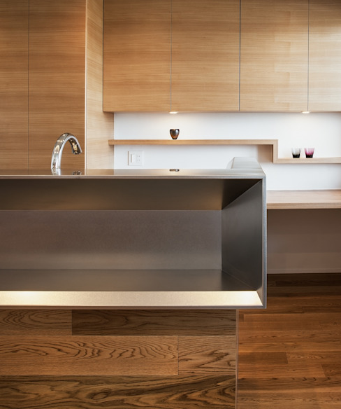 The kitchen counter by 株式会社seki.design Eclectic