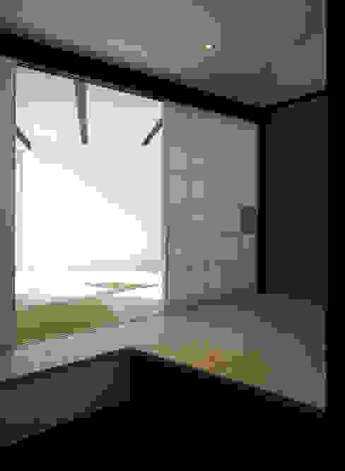 扇翁 モダンデザインの 多目的室 の 充総合計画 一級建築士事務所 モダン