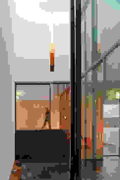 Дома в . Автор – CVDB Arquitectos, Модерн