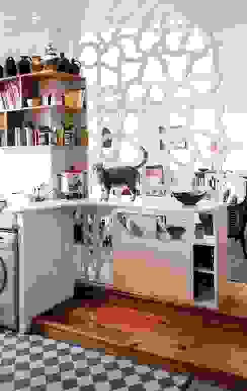 """Aménagement d'intérieur """"EVA"""" Cuisine originale par Motif-Design Éclectique"""
