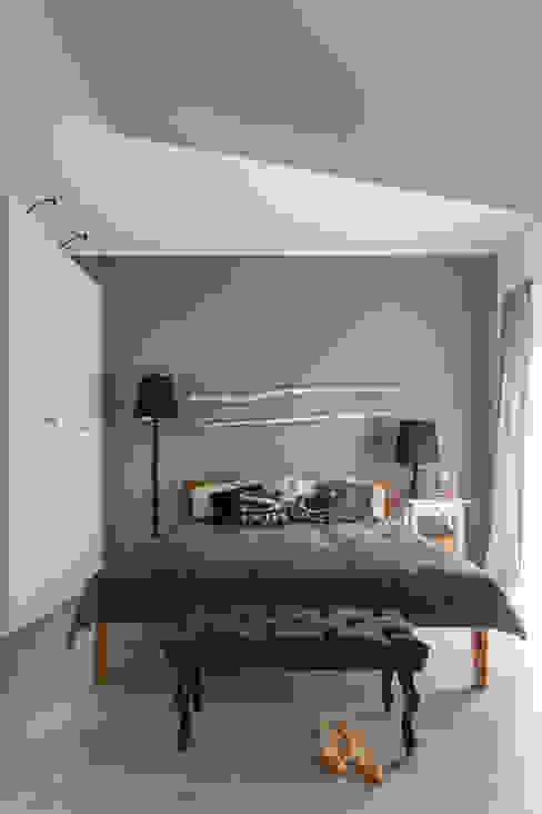 dom 115m2: styl , w kategorii Sypialnia zaprojektowany przez Projekt Kolektyw Sp. z o.o.,Skandynawski