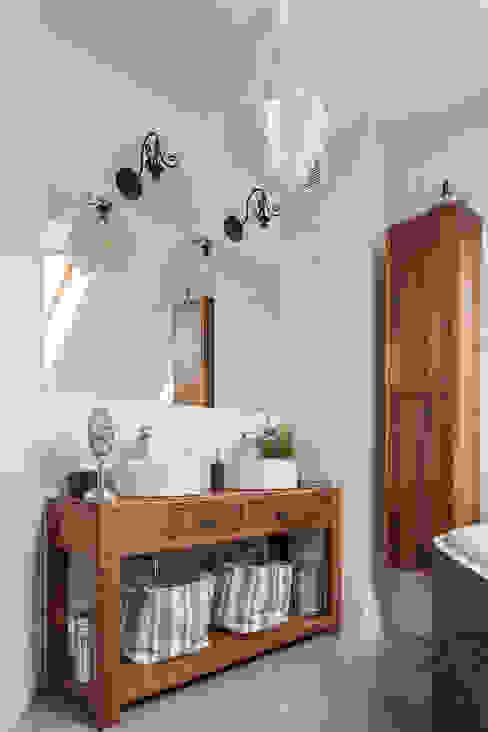 dom 115m2 Egzotyczna łazienka od Projekt Kolektyw Sp. z o.o. Egzotyczny