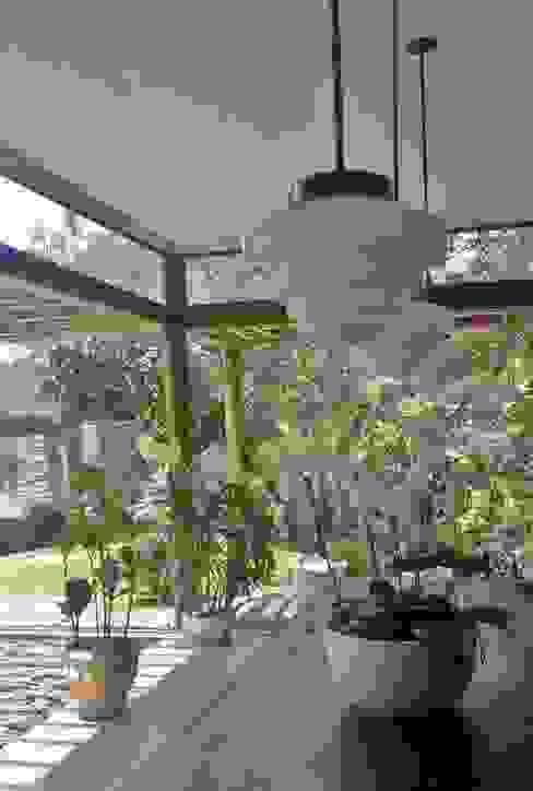 Comedores de estilo  por Kika Prata Arquitetura e Interiores., Rural