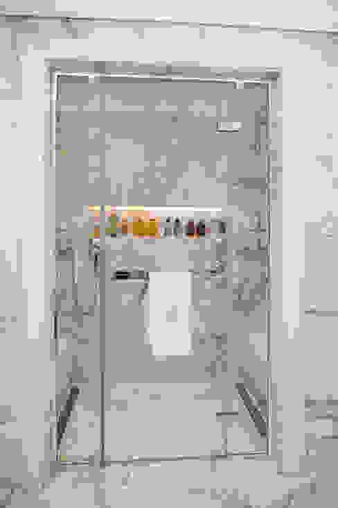Modern Bathroom by Kerim Çarmıklı İç Mimarlık Modern