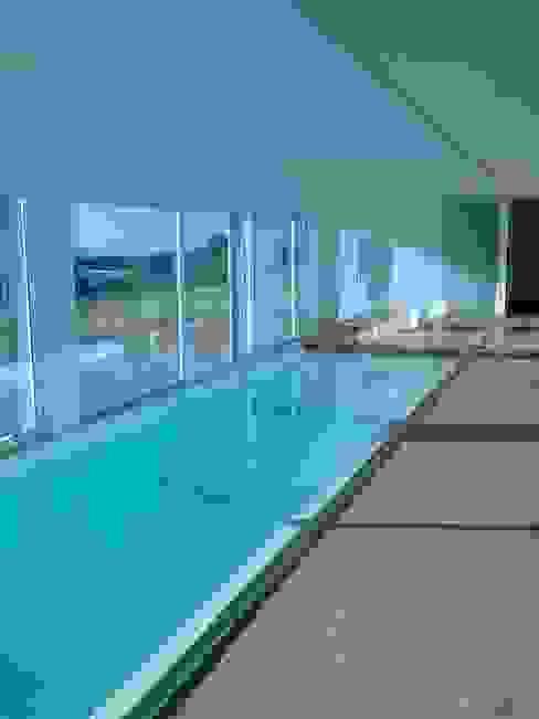 Modern Pool by Autovidreira Modern