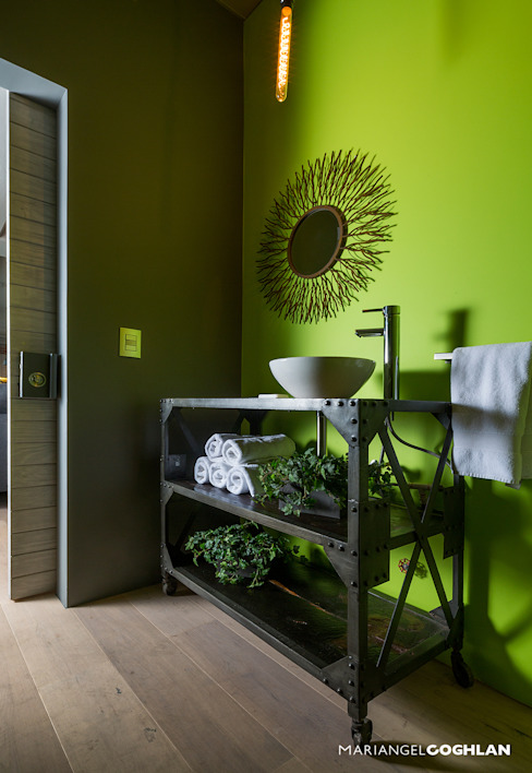 Bathroom by MARIANGEL COGHLAN,