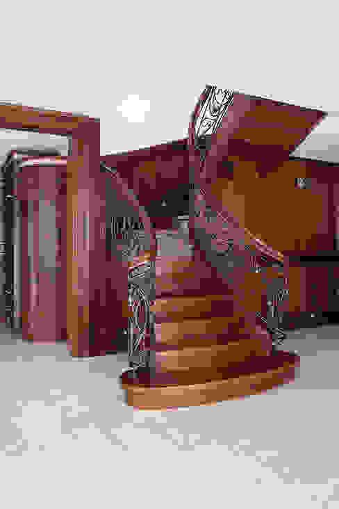 Anna Buczny PROJEKTOWANIE WNĘTRZ Vestíbulos, pasillos y escalerasEscaleras Madera Acabado en madera