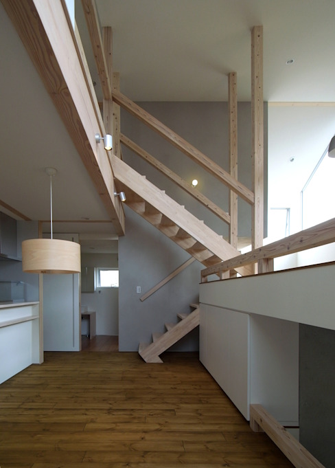 OPERA 充総合計画 一級建築士事務所 オリジナルデザインの ダイニング