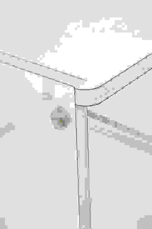 Detail Chair van Studio Toon Welling Minimalistisch