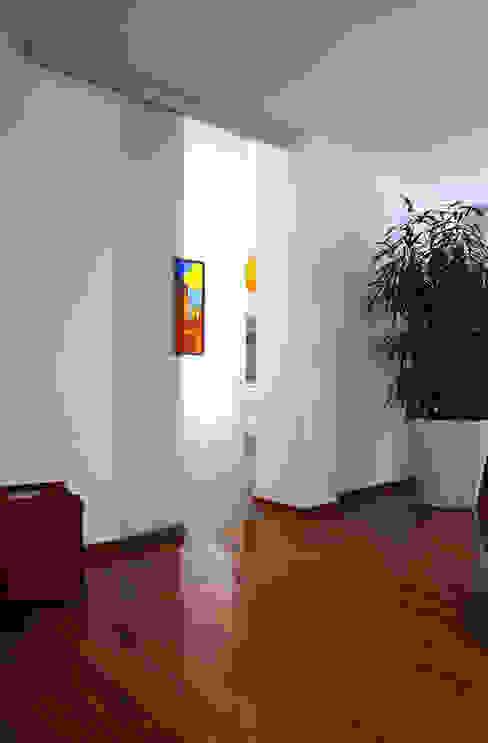 Vita Glass Doors di ALM Design Moderno