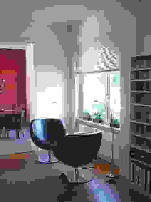 Modern Living Room by ketterer innenarchitektur Modern