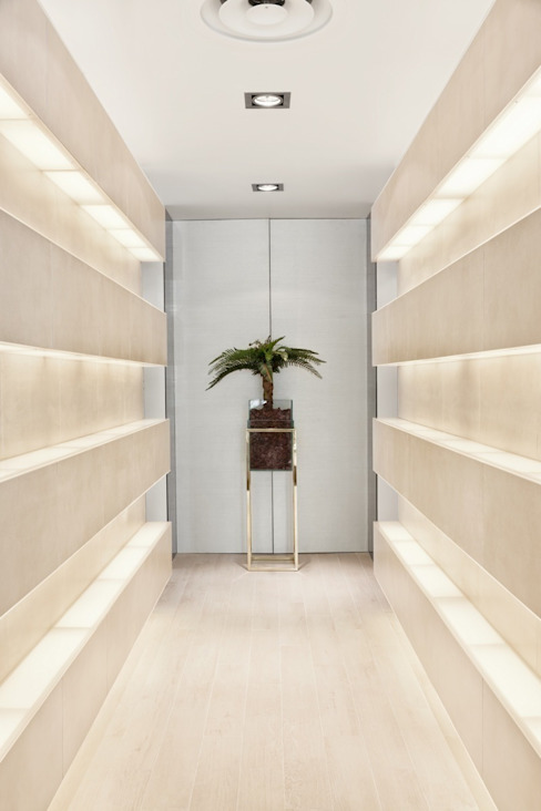 Catarina Batista Studio Koridor & Tangga Modern Keramik
