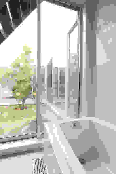内田建築デザイン事務所 Modern spa