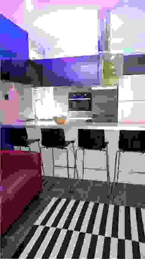 Kitchen by Casavog, Modern