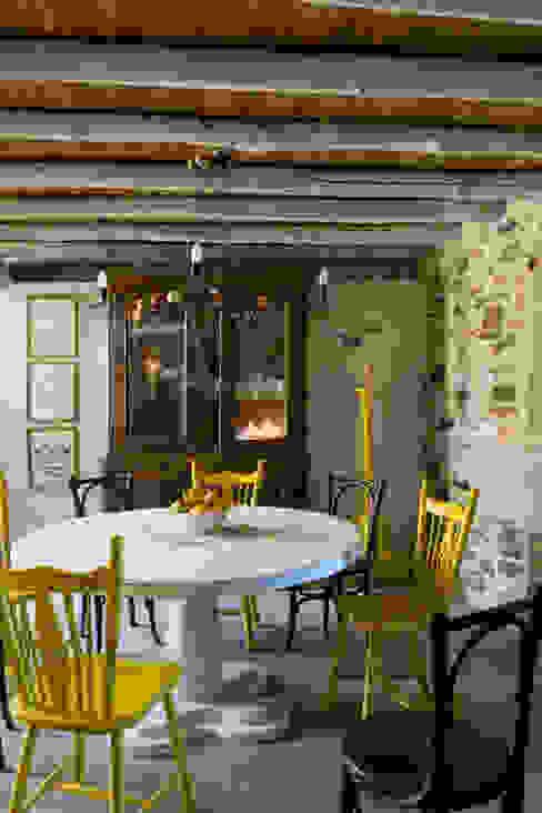 Casa de campo en Galicia Comedores modernos de Oito Interiores Moderno