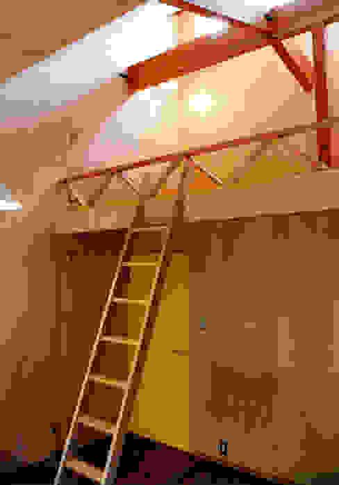 悠久山の家 オリジナルデザインの 子供部屋 の 一級建築士事務所 有限会社 アーキセッション オリジナル