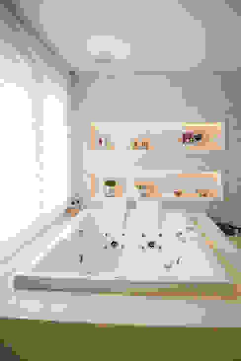 de estilo  por Joana & Manoela Arquitetura, Moderno