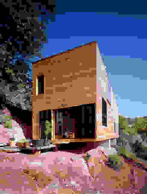 Mediterranean style house by HARQUITECTES Mediterranean