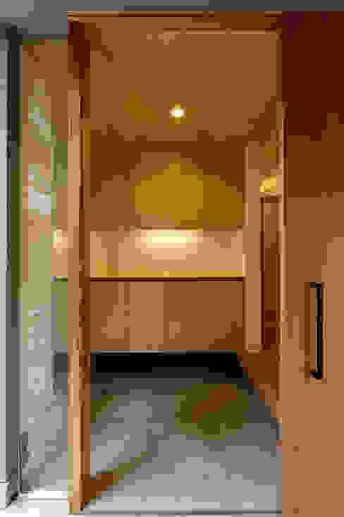 Skandinavische Häuser von 株式会社ミユキデザイン(miyukidesign.inc) Skandinavisch